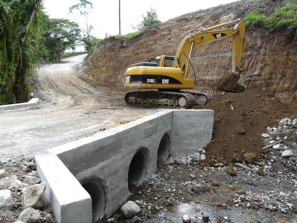 Volcan Pacifica: Bridge construction, May 2008
